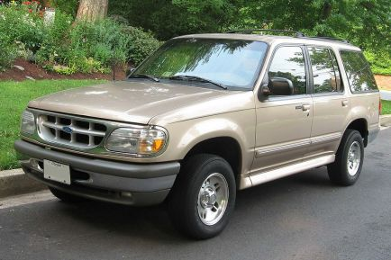 The Ford Explorer after its update for the 1995 model year.  Image courtesy of Wikipedia.